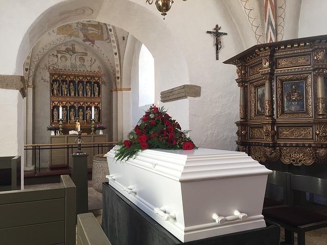 Drei Todesfälle und eine (geplante) Hochzeit